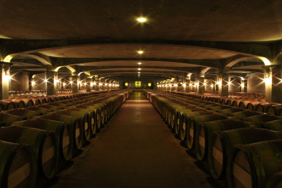 Smith Haut Lafitte barrel room